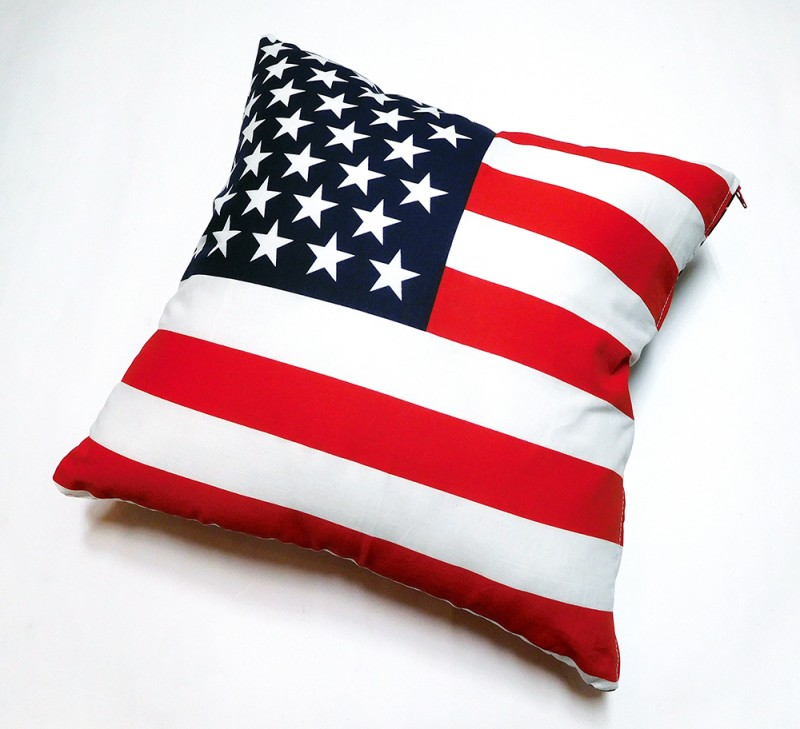 "UNKNOWN ""AMERICAN FLAG CUSHION"""