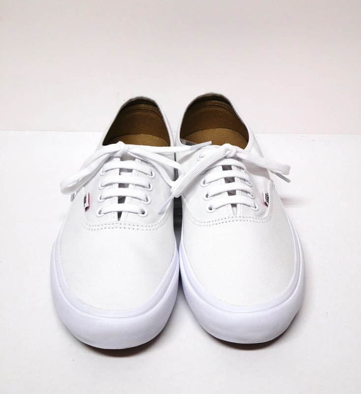 "VANS ""AUTHENTIC PRO"""